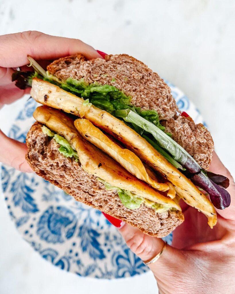 vikika sandwich club