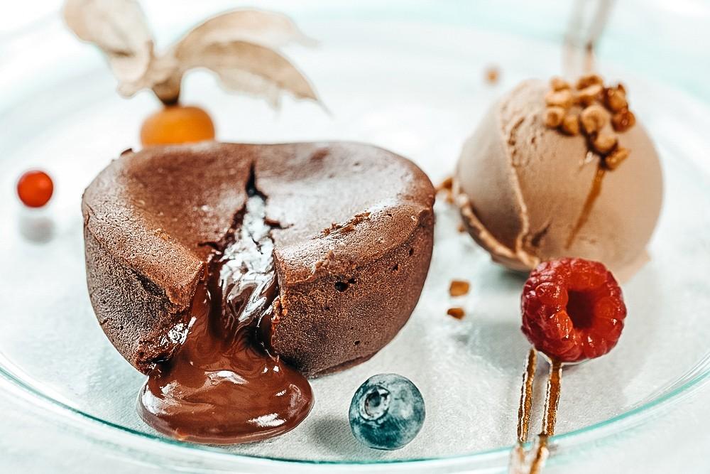 RECETA FITNESS/ Coulant de chocolate blanco fuente de proteína y baja en calorías