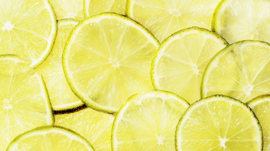 RECETA/ Super bebida refrescante sabor lima-limón
