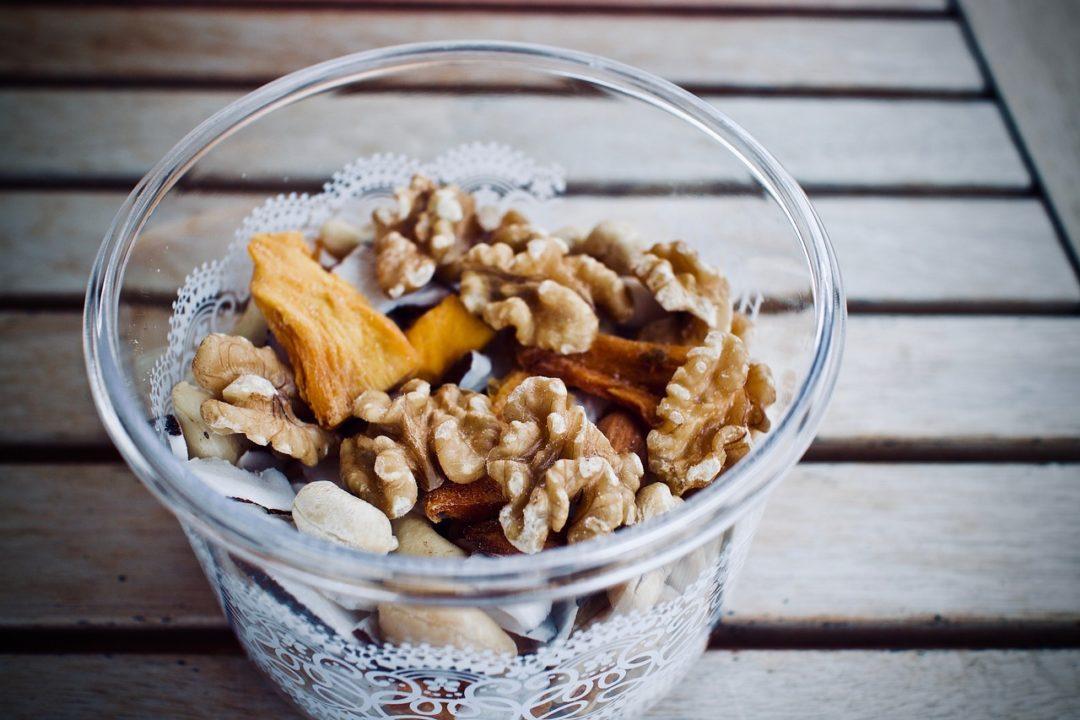 Snacks saludables para llevarte a la oficina