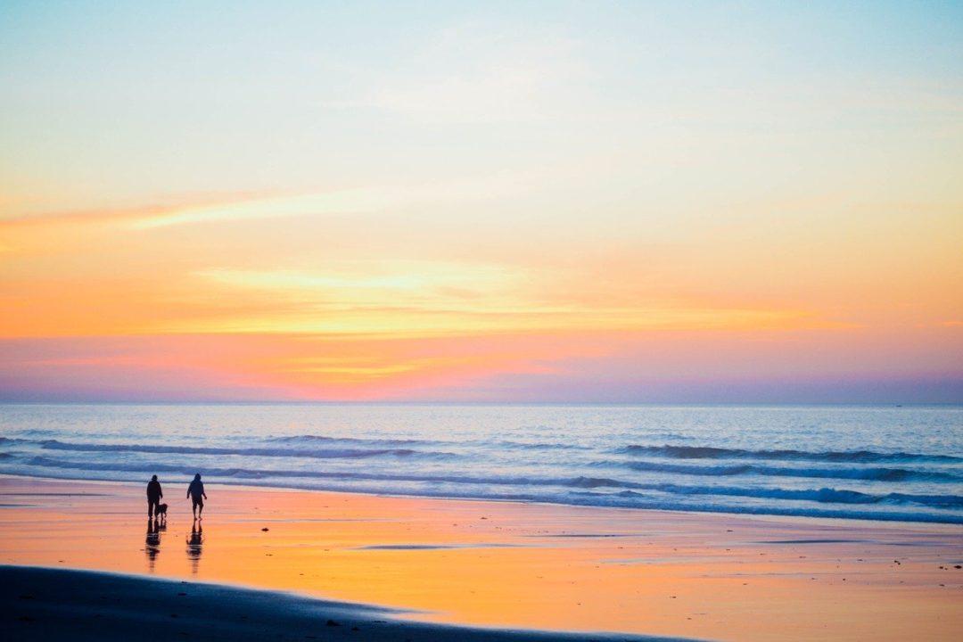 Tips útiles para salir a caminar por la playa